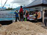 Kantor Bupati Keerom Papua Diblokade Massa