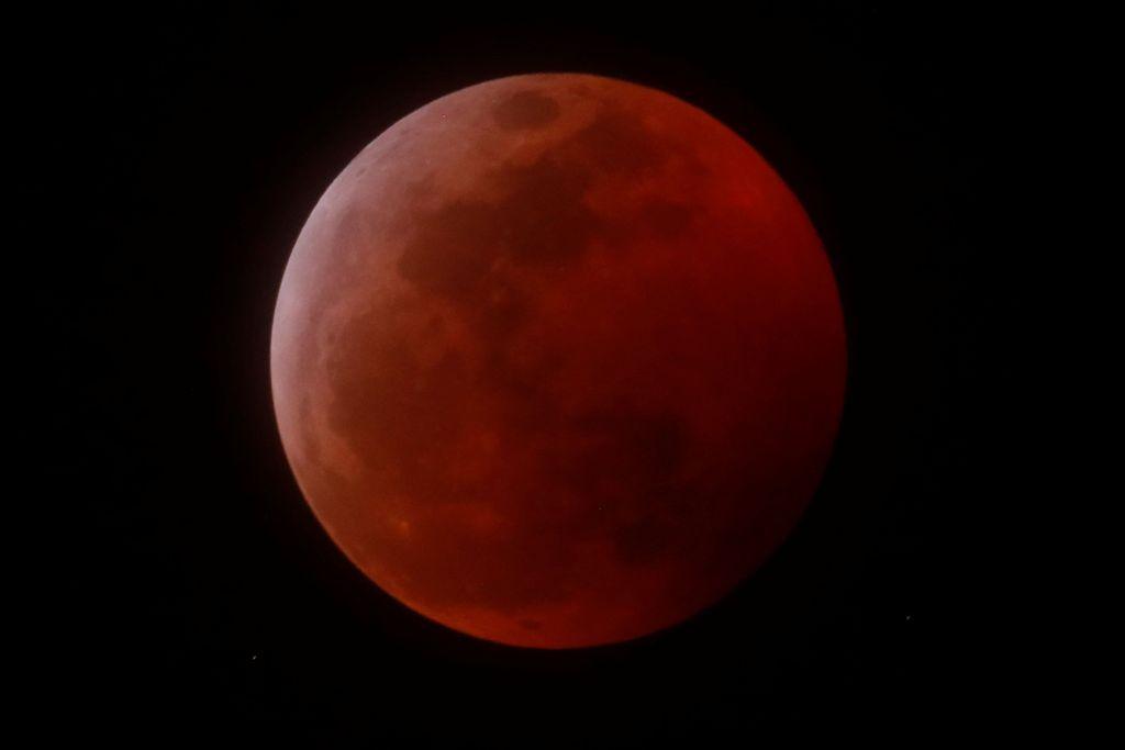 Amerika Serikat jadi salah satu negara dengan kawasan terbanyak yang bisa menikmati fenomena Super Blood Wolf Moon, atau gerhana Bulan serigala. Foto: Reuters