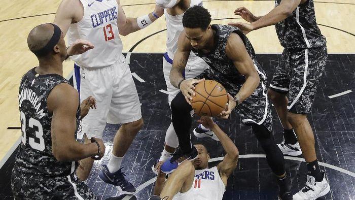 San Antonio Spurs dikalahkan LA Clippers (AP Photo/Eric Gay)