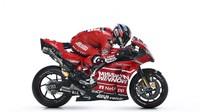 Itu bisa diartikan Ducati ingin menghentikan dominasi Honda yang selama dua musim terakhir selalu mengalahkan mereka di atas lintasan. Bisakah duet Dovizioso-Petrucci mengalahkan Marc Marquez-Jorge Lorenz? (www.ducati.com)
