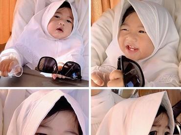 Makin besar, Baby Gaia makin menggemaskan dengan pipi gembilnya ya? (Foto: Instagram/ @ruby_26)