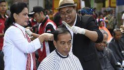 Tukang Cukur Jokowi Jawab Kritik Tim Prabowo-Sandi