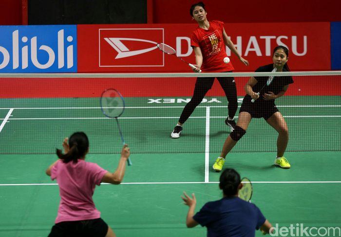 Latihan itu dilakukan untuk mematangkan penampilan mereka di turnamen Indonesia Master 2019 yang akan digelar pada tanggal 22 hingga 27 Januari mendatang.