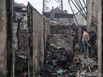 Polisi Selidiki Penyebab Kebakaran 250 Rumah di Tomang