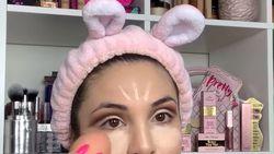 Kreatif! Ibu Ini Jadikan Telur Rebus Sebagai Pengganti Beauty Blender