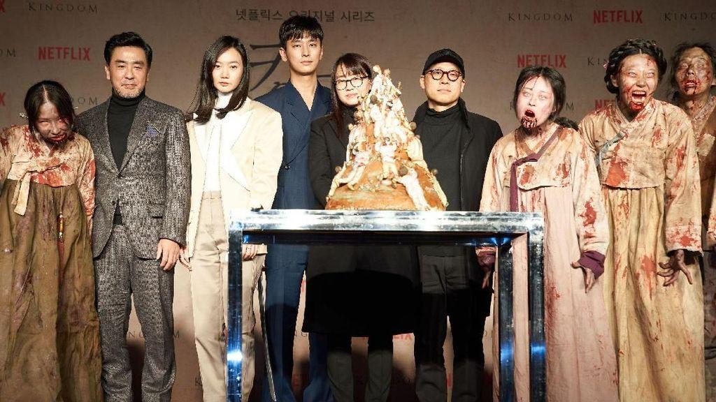 Pemain Kingdom  Red Carpet, Mal di Korea Mendadak Banjir Pengunjung