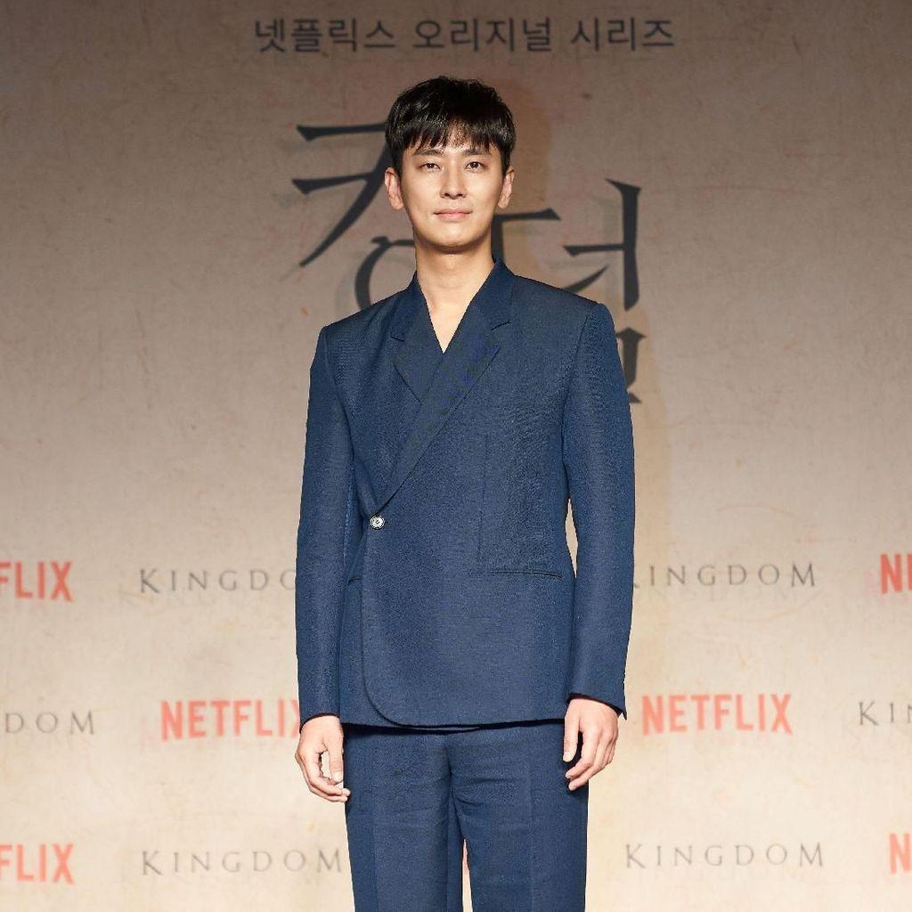 Ceritanya Menarik, Ju Ji-hoon Percaya Kingdom Bakal Banyak Disukai