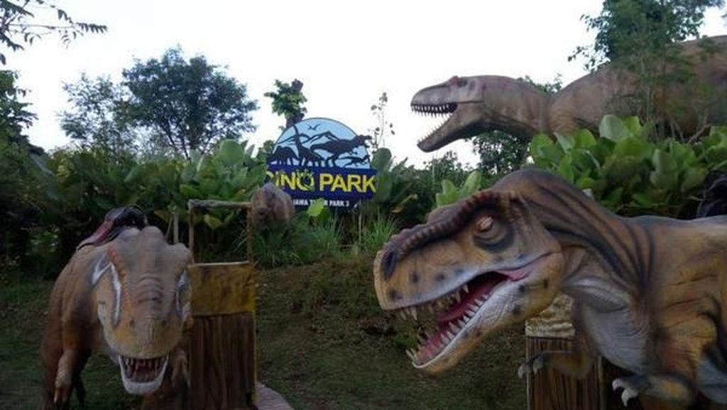 Melihat Dinosaurus Berkoloni di Kota Batu