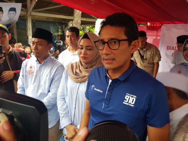 Hasil gambar untuk Sandiaga Diteriaki Pendukung Jokowi di Wonogiri