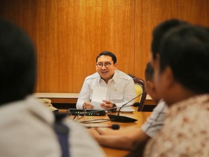Wakil Ketua DPR dan Waketum Gerindra Fadli Zon
