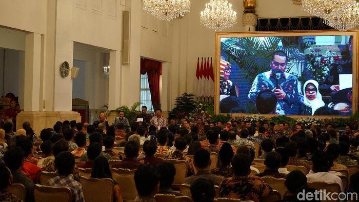 Foto: Presiden Jokowi mengundag ratusan nelayan makan siang di Istana. (Jordan-detikcom)