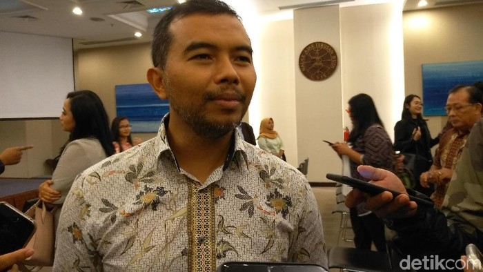 Koordinator ICW Adnan Topan Husodo