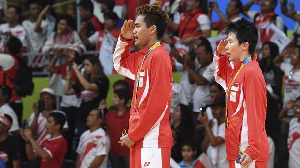 Tontowi/Liliyana, jebolan PB Djarum yang bikin Indonesia Raya berkumandang di Olimpiade 2016.