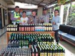 Polisi Sita Ratusan Botol Miras di Cileunyi dan Ciwidey