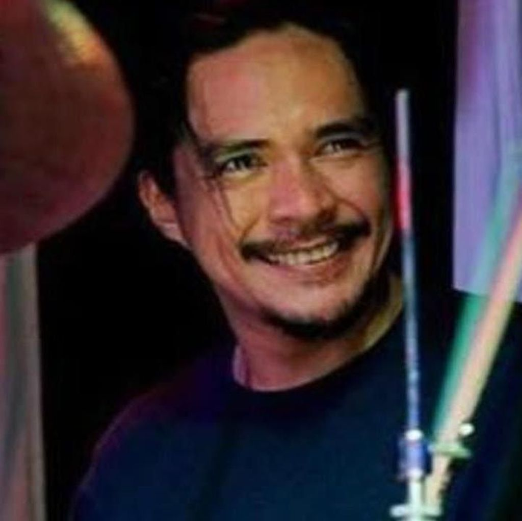 Heboh! Drummer Band Ini Bunuh Diri saat Live Facebook