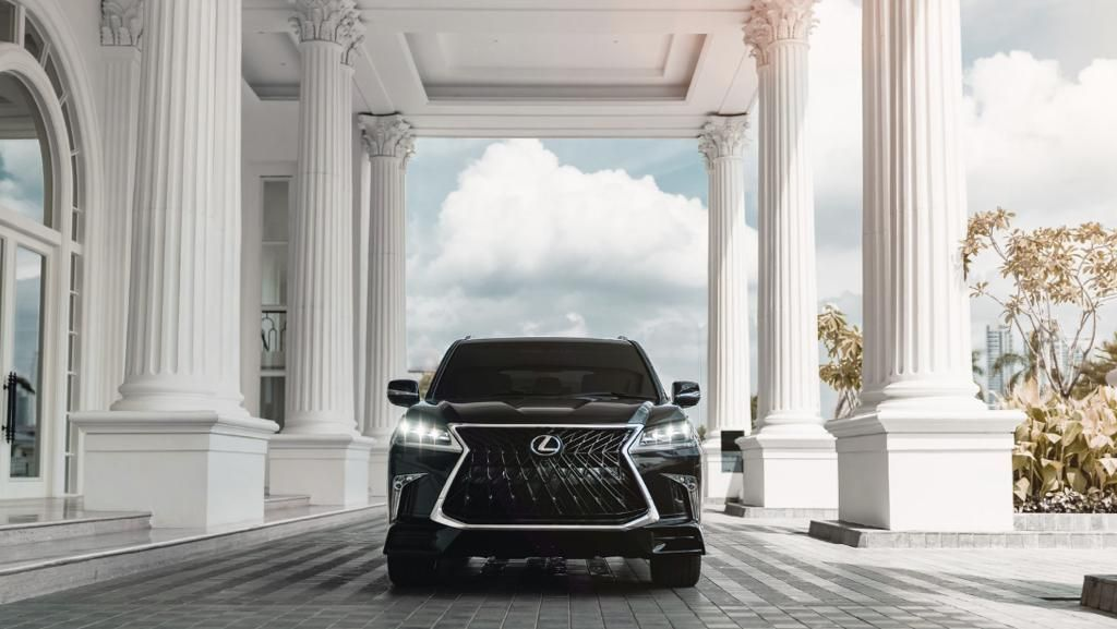 Mobil Apa yang Cocok Buat Presiden Jokowi, Lexus?