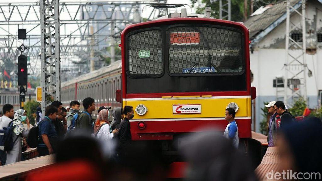 Jakarta bakal Ditinggal Mudik, Layanan KRL Tetap Normal