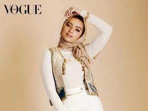 Tampilkan Jurnalis Berhijab Ini, Vogue Malah Keliru dengan Artis Pakistan