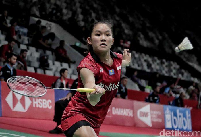 Tunggal Putri Indonesia Ruselli Hartawan sukses mengalahkan perwakilan Taiwan Chiang Ying Li dalam laga kualifikasi.