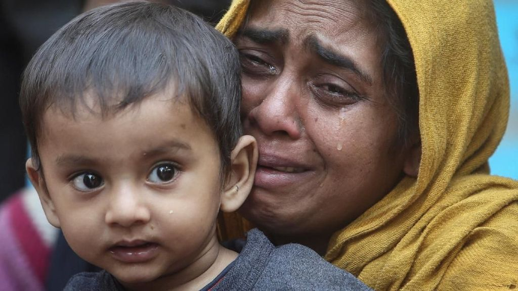 Terkatung di Perbatasan Bangladesh-India, 31 Warga Rohingya Ditangkap