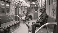Penampakan Kereta Bawah Tanah New York Era 80-an