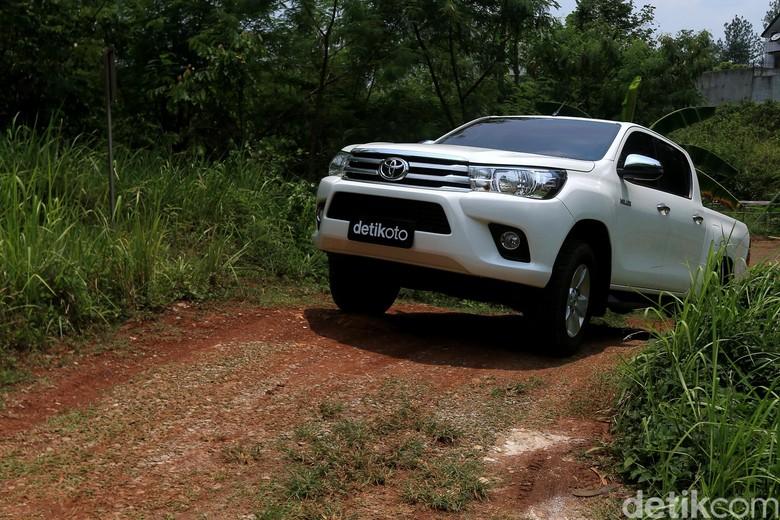 Toyota Hilux. Foto: Ari Saputra