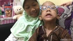 Hampir 5 tahun Kanzu mengidap Bruck syndrome, yang diketahui hanya ada 40 kasusnya di dunia. Namun ia dan keluarga menghadapinya dengan semangat dan gembira.