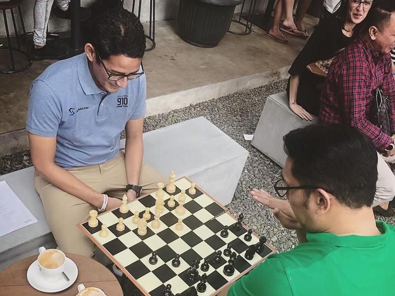 Ridwan Kamil Tepis Main Dua Kaki di Pilpres