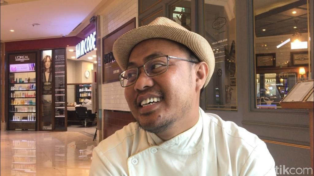 Asli Garut, Begini Perjalanan Herman hingga Jadi Tukang Cukur Jokowi