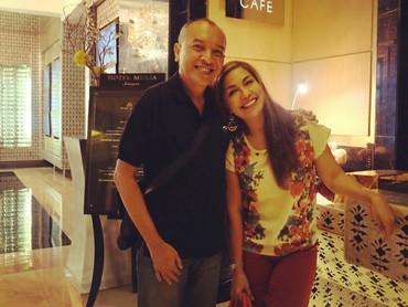 Perempuan kelahiran Palembang, Sumatera Selatan, ini akan genap 54 tahun pada 7 Februari mendatang. Tapi, masih terlihat awet muda ya, Bun. (Foto: Instagram @sorayahaque)