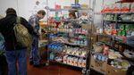 Makanan Gratis untuk PNS di AS yang Belum Digaji
