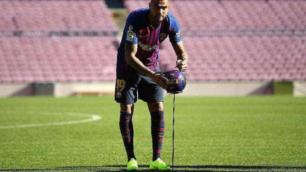 Tentang Nomor 19 Boateng di Barcelona