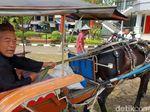 Disisir Polisi, Tukang Becak dan Delman di Sukabumi Ketiban Rezeki