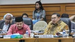 Fix! Fahri Hamzah-Fadli Zon Tak Tolak Penghargaan Jokowi