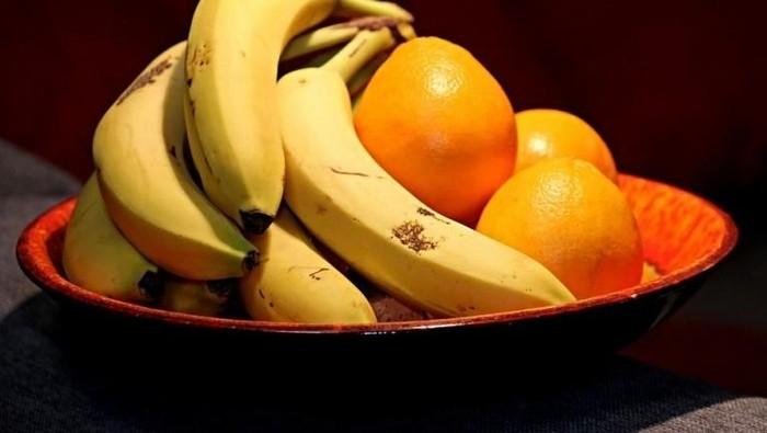 Terlalu banyak makan buah juga tak baik bagi kesehatan. (Foto: Apple Daily)