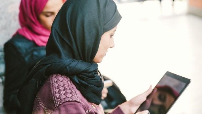 Memakai jilbab di tempat umum dilarang selama bertahun-tahun di Turki. (Getty Images)