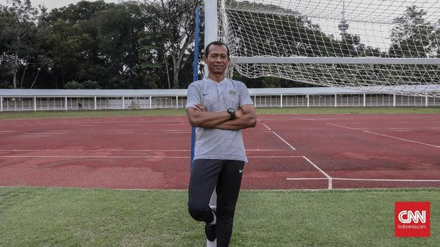 Hendro Kartiko masih menyimpan luka terkait Sepak Bola Gajah di Piala AFF 1998.
