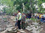 Kematian Dianggap Ganjil, Makam Warga Ponorogo Dibongkar