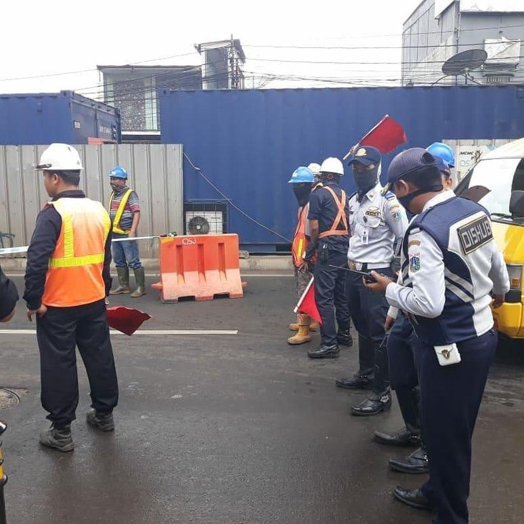 Ada Loading Tes MRT, Hindari Jalan Panglima Polim dan Fatmawati