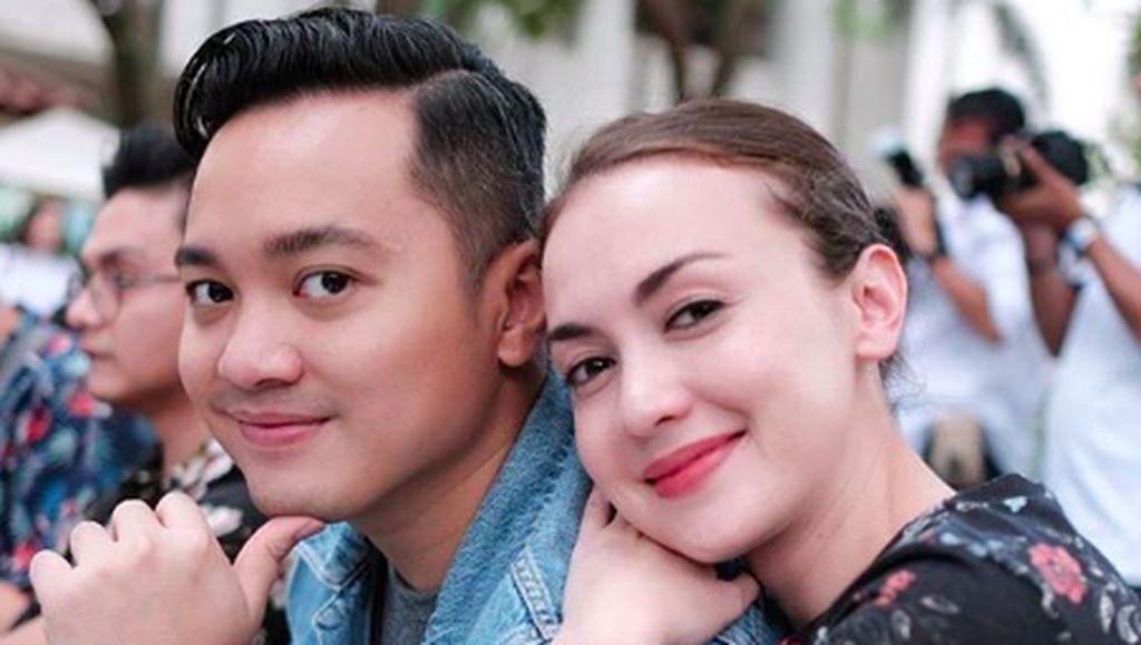 Menikah 8 Tahun, Rianti Cartwright dan Suami MakinMesra