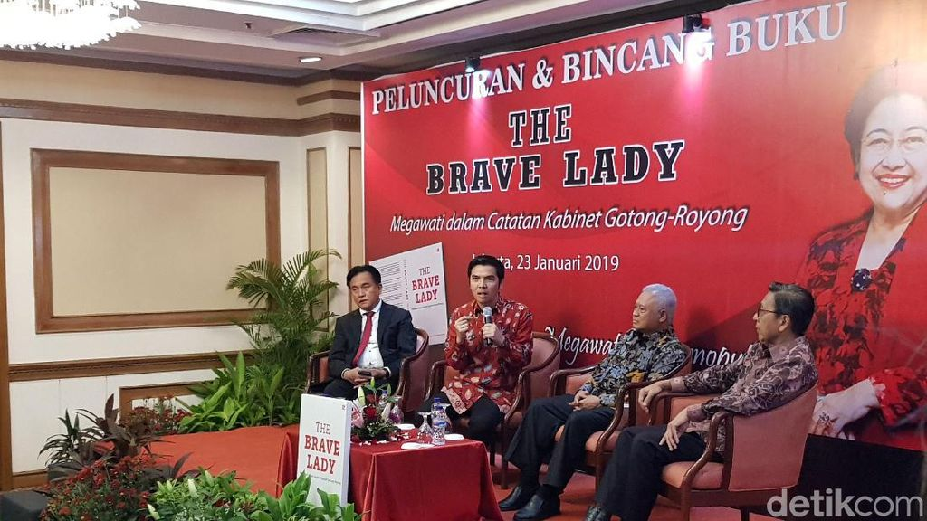Kwik Kian Gie-Yusril Hadiri Peluncuran Buku Megawati The Brave Lady