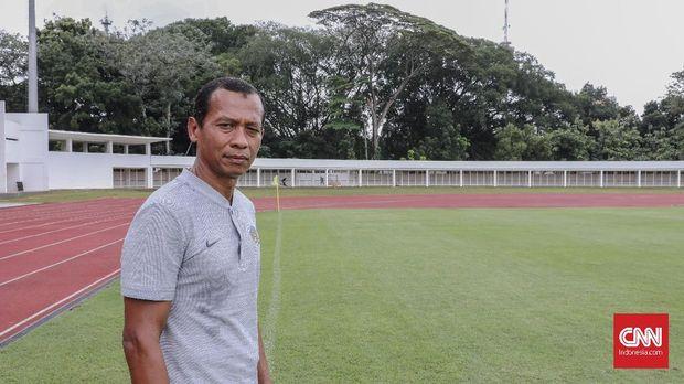 Hendro Kartiko menjadi andalan Timnas Indonesia di pertengahan 1990an hingga pertengahan 2000an.