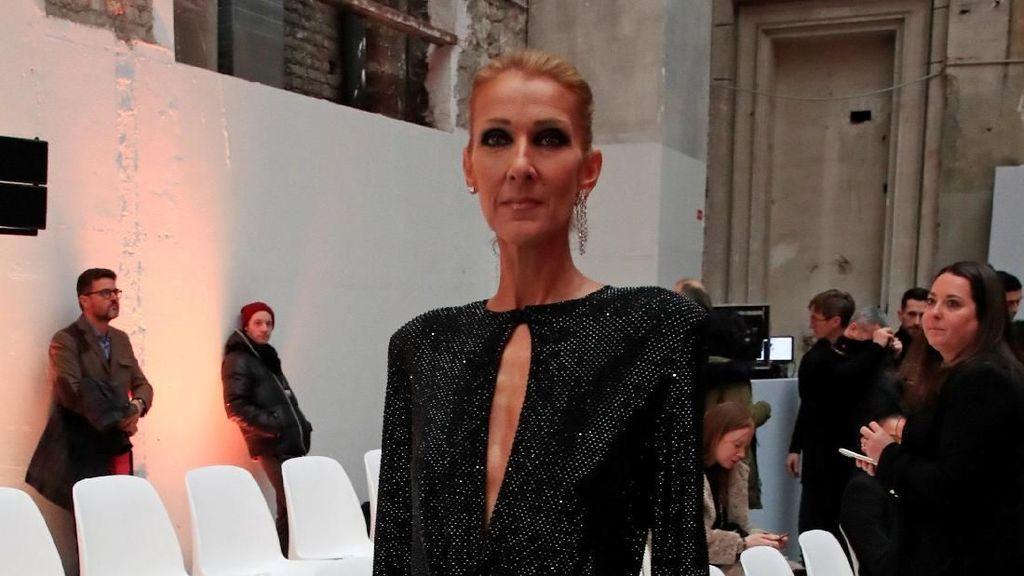 Potret Celine Dion yang Makin Kurus di Pekan Mode Paris