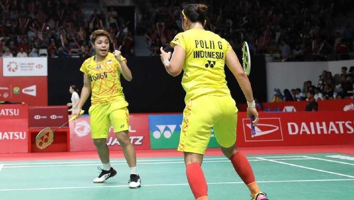 Greysia Polii dan Apriyani Rahayu menjuarai turnamen India Terbuka 2019, dengan di final mengalahkan wakil Malaysia Chow Mei Kuan/Lee Meng Yean 21-11, 25-23. (Foto: dok. Humas PBSI)