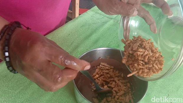 Proses pembuatan Cokelat Tempe Edun