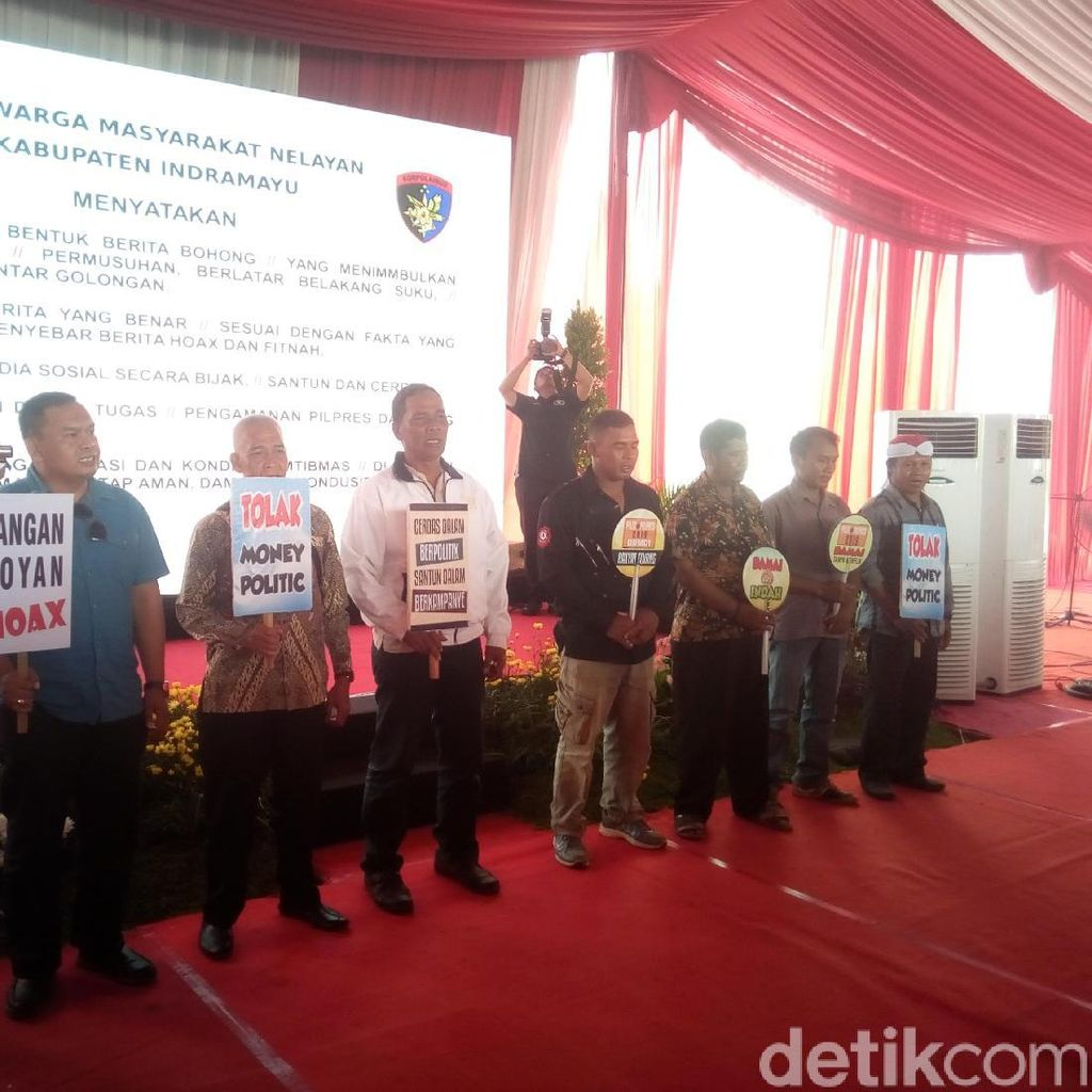 Nelayan Indramayu Deklarasi Pemilu Damai dan Tolak Hoaks