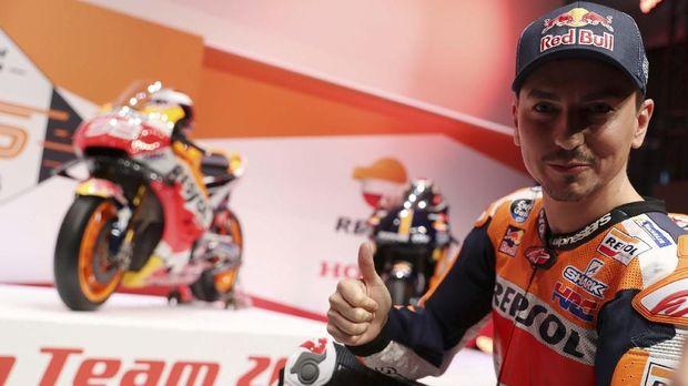 Lorenzo Berharap Marquez Tidak Menyulitkan Seperti Rossi
