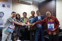 Forum Dokter Bedah Bariatrik Pertama di Bali Luncurkan Komik