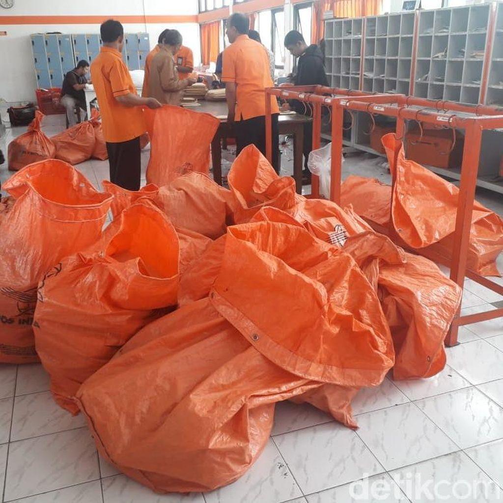 Bawaslu DIY Minta Kantor Pos Tahan Tabloid Indonesia Barokah