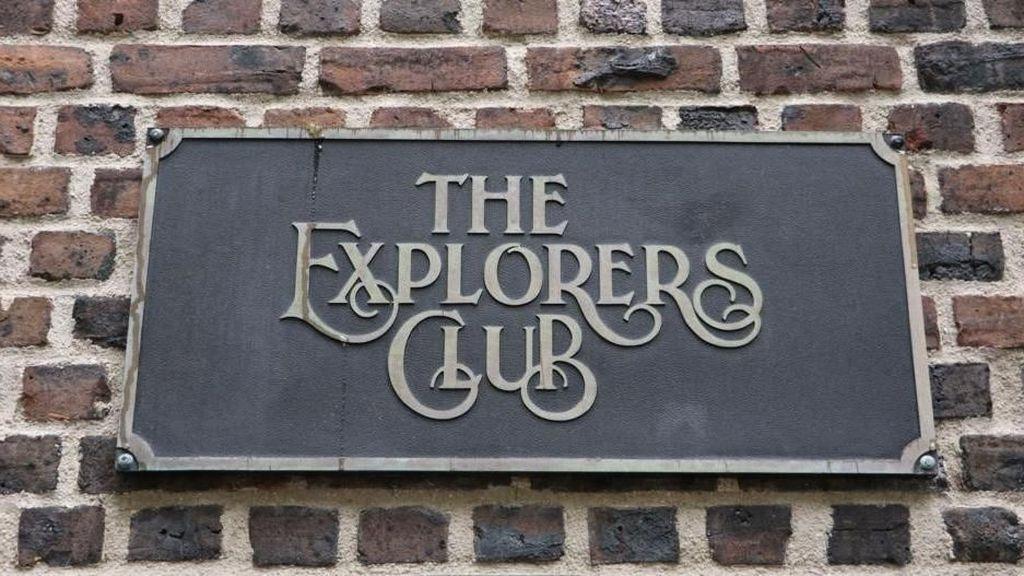 Mereka Menamakan Diri: Klub Penjelajah Dunia yang Rahasia